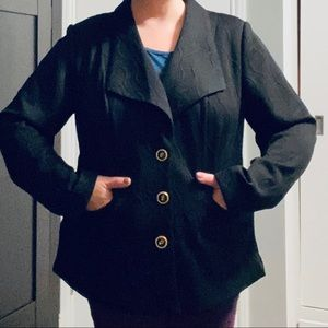 Avenue black blazer with raised quilted pattern
